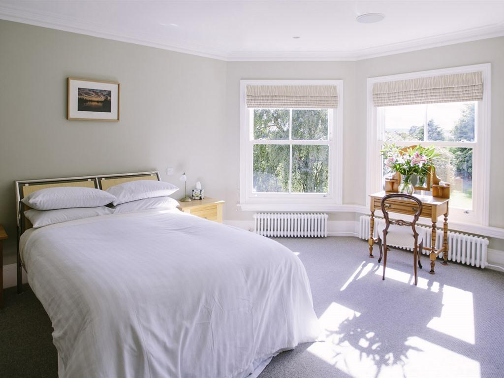 Double room-Superior-Ensuite with Bath-Garden View-Welsh Room