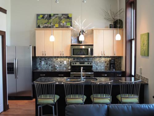 The Michigan - Kitchen