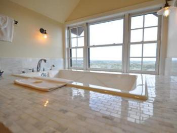 Suite-Ensuite with Jet bath-Premium-Countryside view-Nance Suite