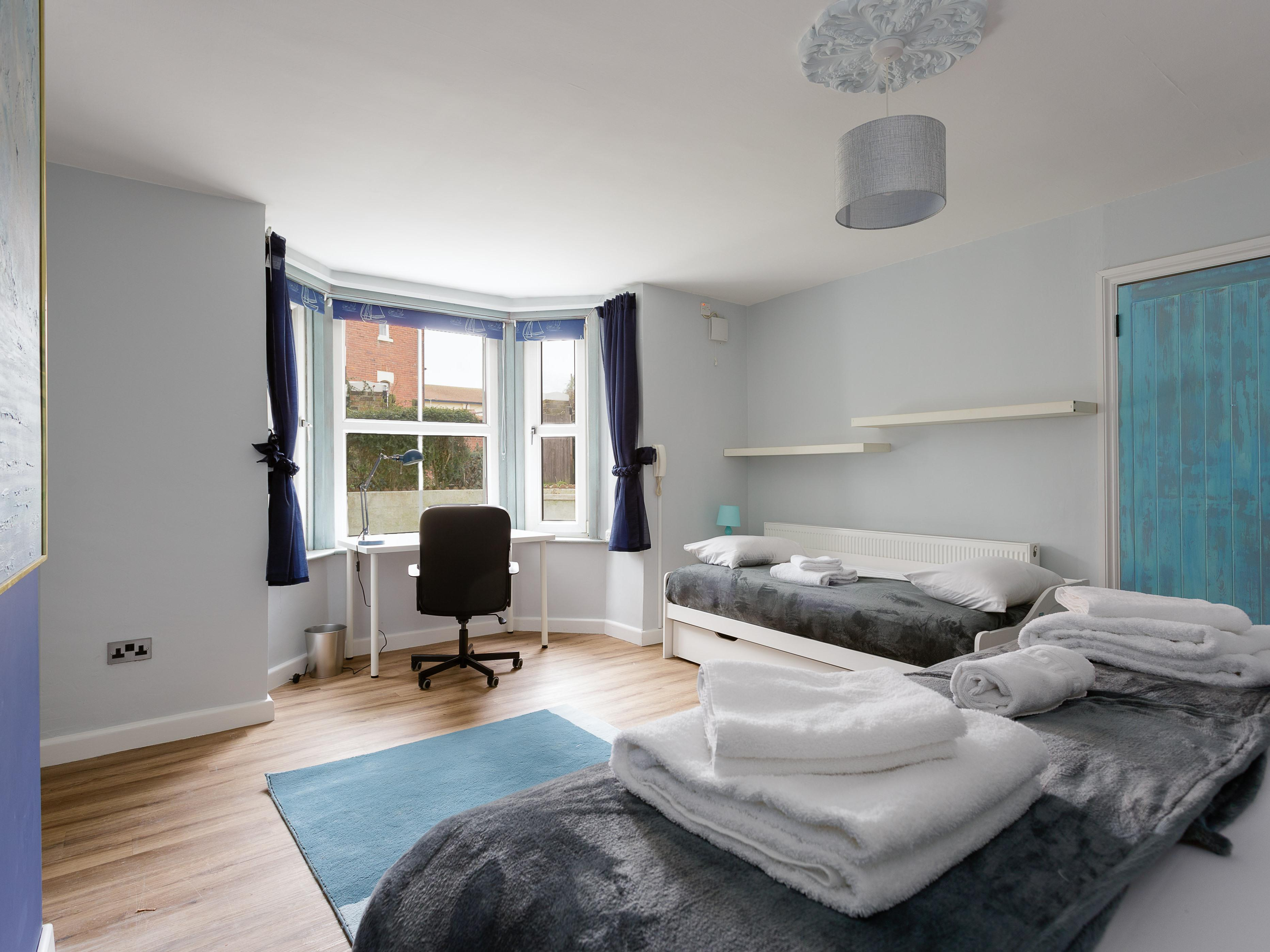 Albany Garden - Luxury Apartment with Jacuzzi