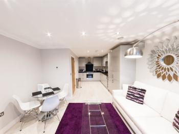 Luxury Penthouse in Reading Town Centre- KSA