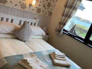 Staffa (Double Room / Shared Facilities)