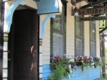 The Olde Mill Inn Bed & Breakfast was built in the late 1800's and is the oldest standing structure in the town of Cumberland Gap.  Full of history, character and charm, the Inn is one of a kind.