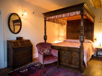 King-Ensuite-Four Poster - Base Rate