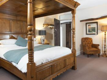 Double room-Premium-Ensuite-Luxury Four Poster - Double room-Premium-Ensuite-Luxury Four Poster