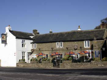 The Barrel Inn - Front of Inn