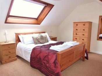 Buttercup Cottage double room (self catering)