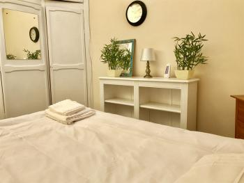 Double room-Shared Bathroom - Base Rate