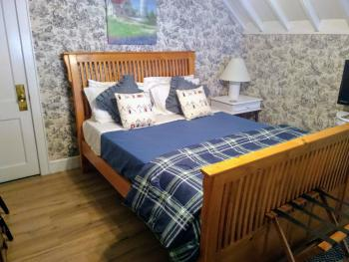 Quad room-Shared Bathroom-Family-5. The Cedar