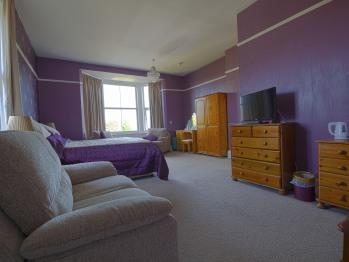 Luxury Room 14