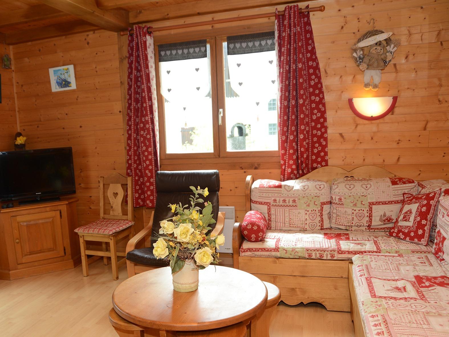 Chalet-Confort-Salle de bain privée séparée-Vue sur Piscine-Le Lynx - Tarif de base