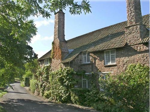 View of the cottage from the lane outside