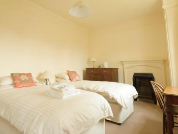 Twin ensuite room - refurbished in 2012