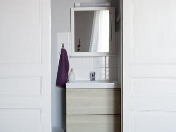 Cabinet de toilette chambre 5