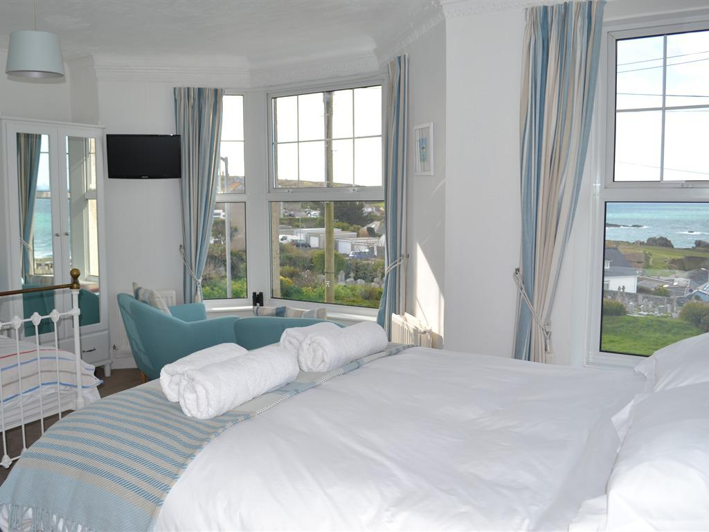 Family room-Ensuite-Sea View-Double Occupancy