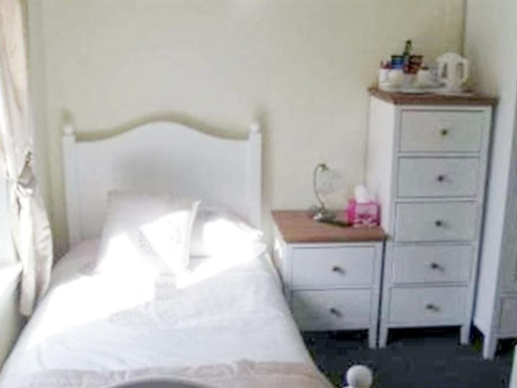 Double or Twin-Standard-Ensuite