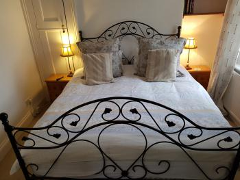 Double room-Deluxe-Ensuite with Bath-Street View