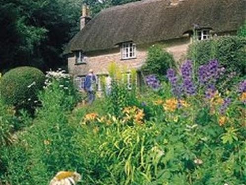 Dorchester was the home town of Thomas Hardy, and his homes 'Max Gate' and Hardy's Cottage are open to the public.