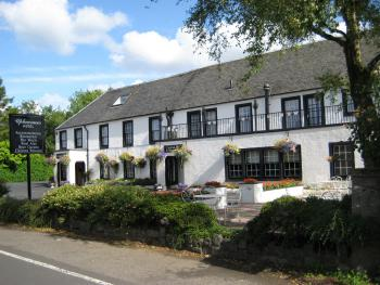 Uplawmoor Hotel - front of building summer