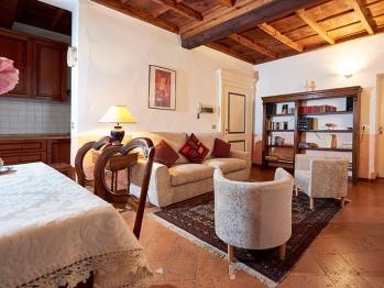 Appartamento-Bagno privato-Vista giardino-Puccini