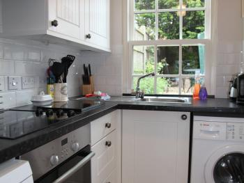 Candy Cottage fully equipped kitchen