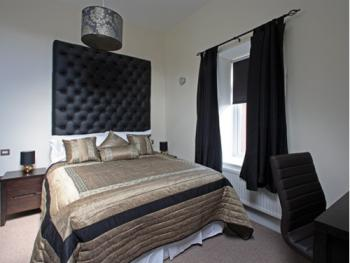 Double room-Ensuite-Aakash