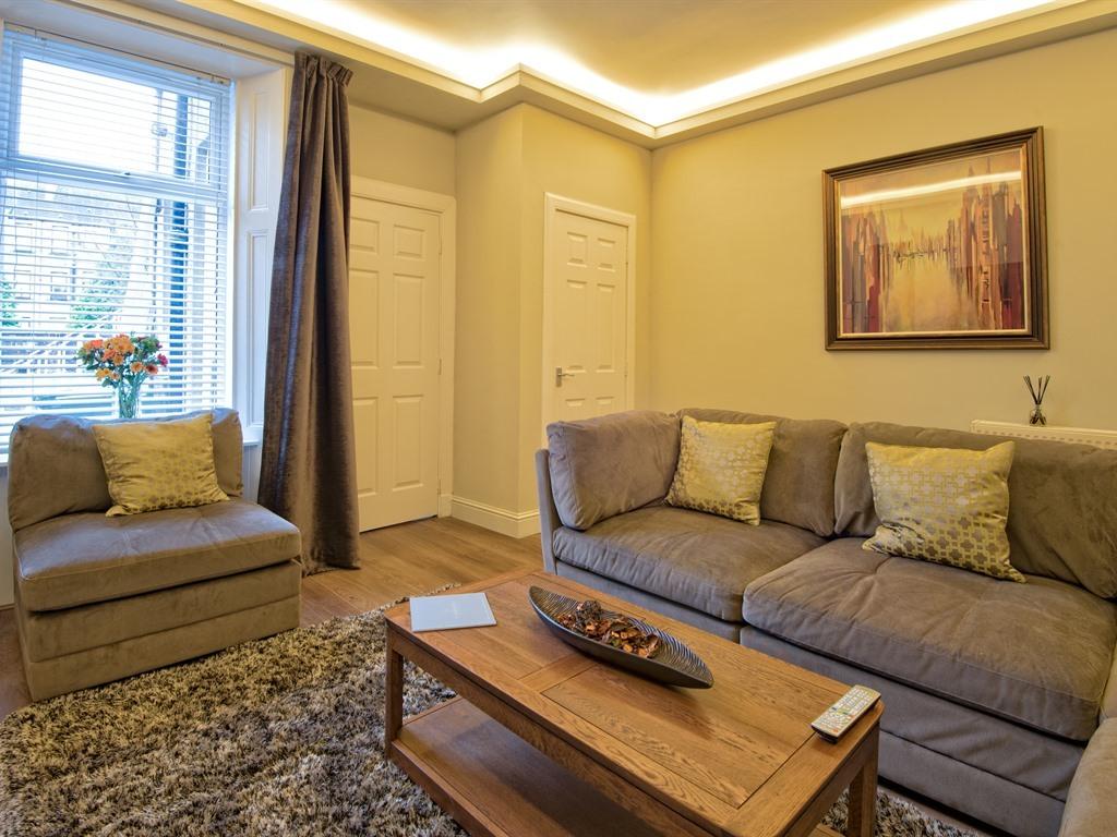 Apartment-Superior-Ensuite-One Bedroom 200