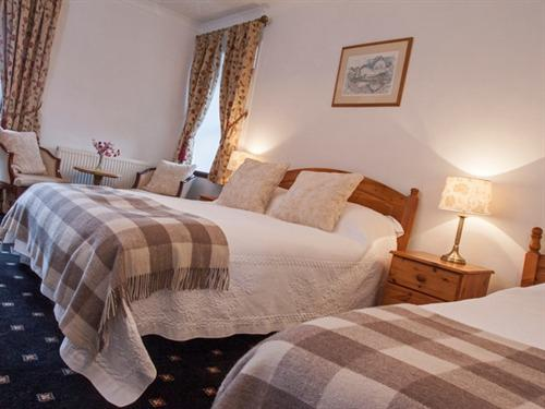 Family room-Classic-Ensuite-Sleeps 3