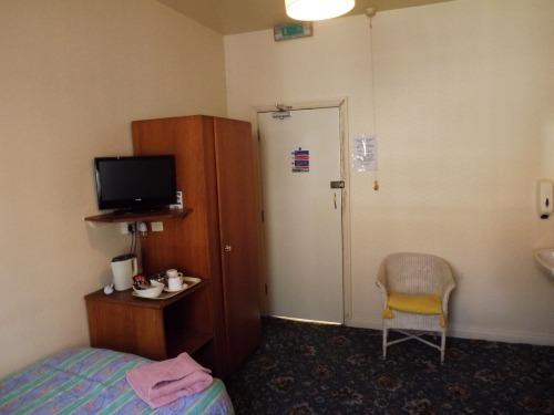 Double room-Shared Bathroom