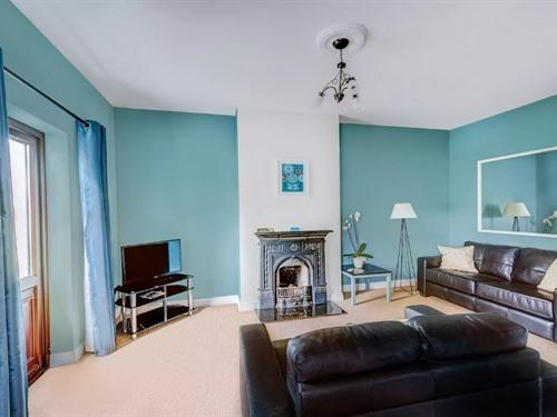Apartment-Luxury-Private Bathroom-1B - Base Rate