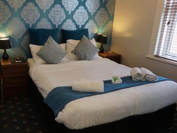 The Ashleigh - A standard ensuite room