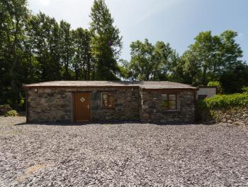 Ty Bach Cottage - Double or Twin - Self Catering