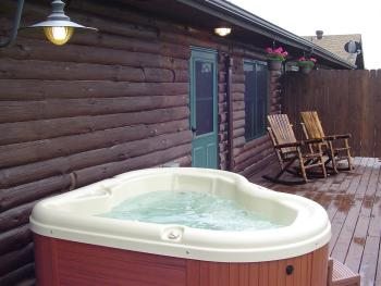 Wilds Room with private hot tub at Bear Meadows