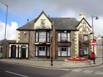 The Vyvyan Arms Hotel -