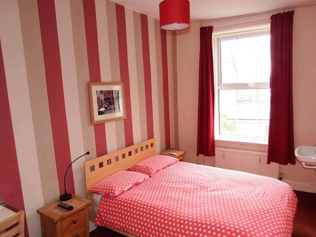 Double room-Private Bathroom - Base Rate
