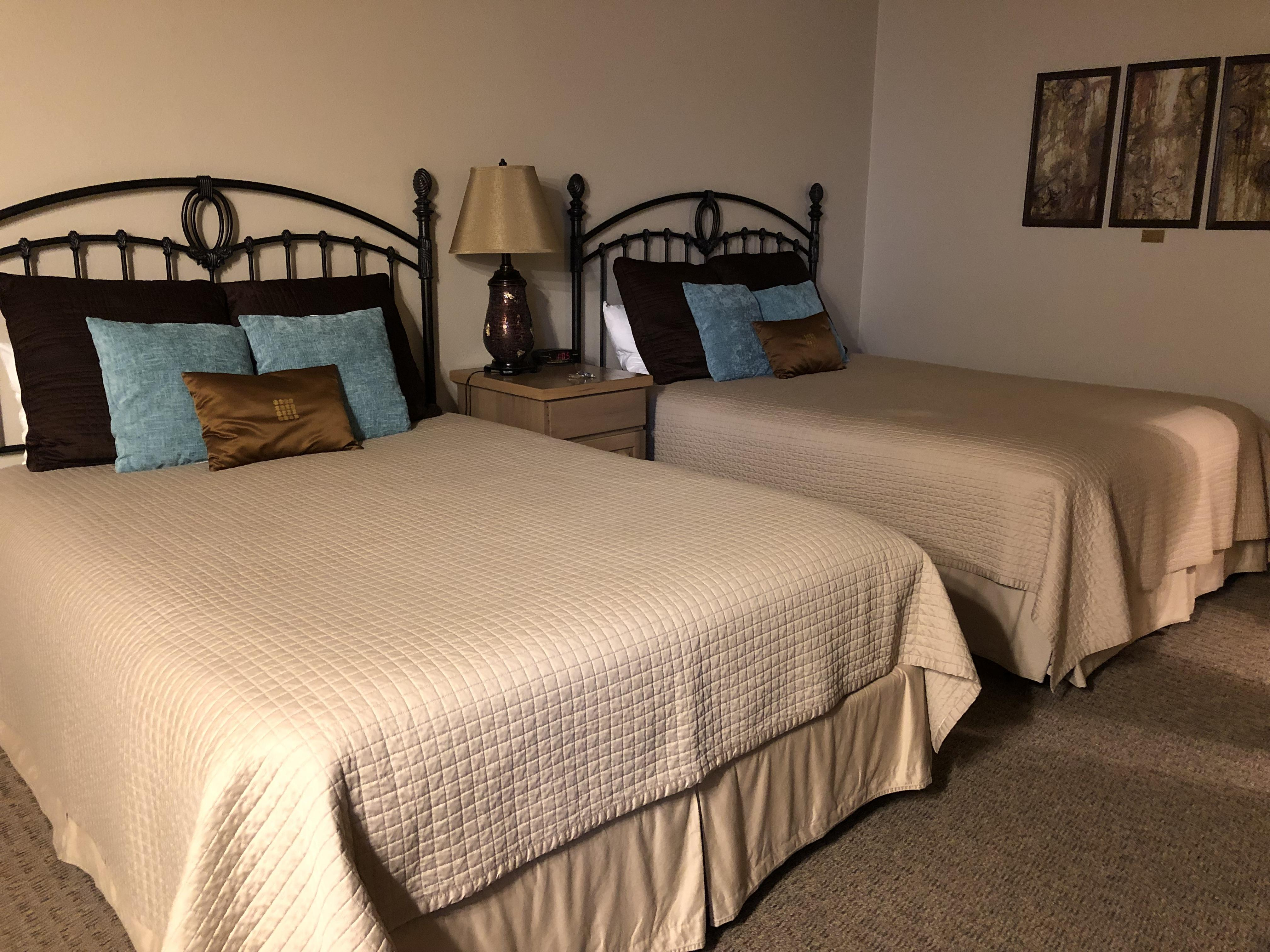 Double room-Queen-Private Bathroom - Base Rate