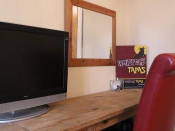 Room 1- Desk with T.V