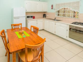 Two Bedroom Superior-Kitchen