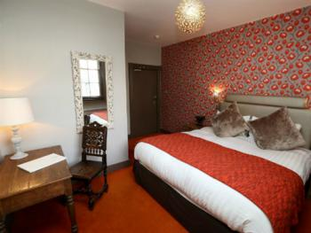 """""""Poppy"""" Sujperior double guest room"""