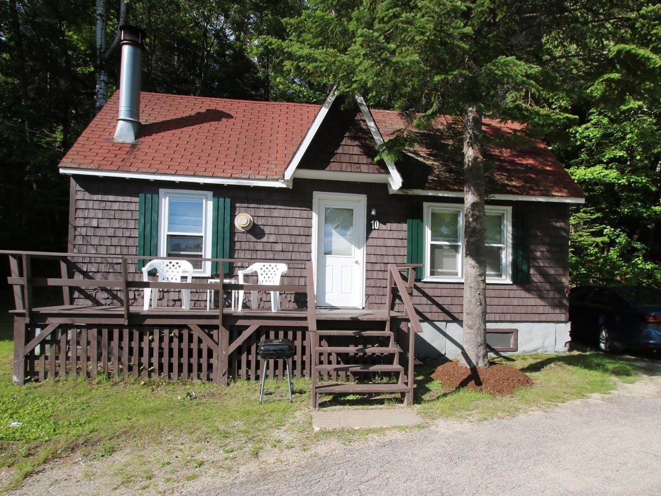 Cottage-Cottage #10-Private Bathroom-Premium-Mountain View