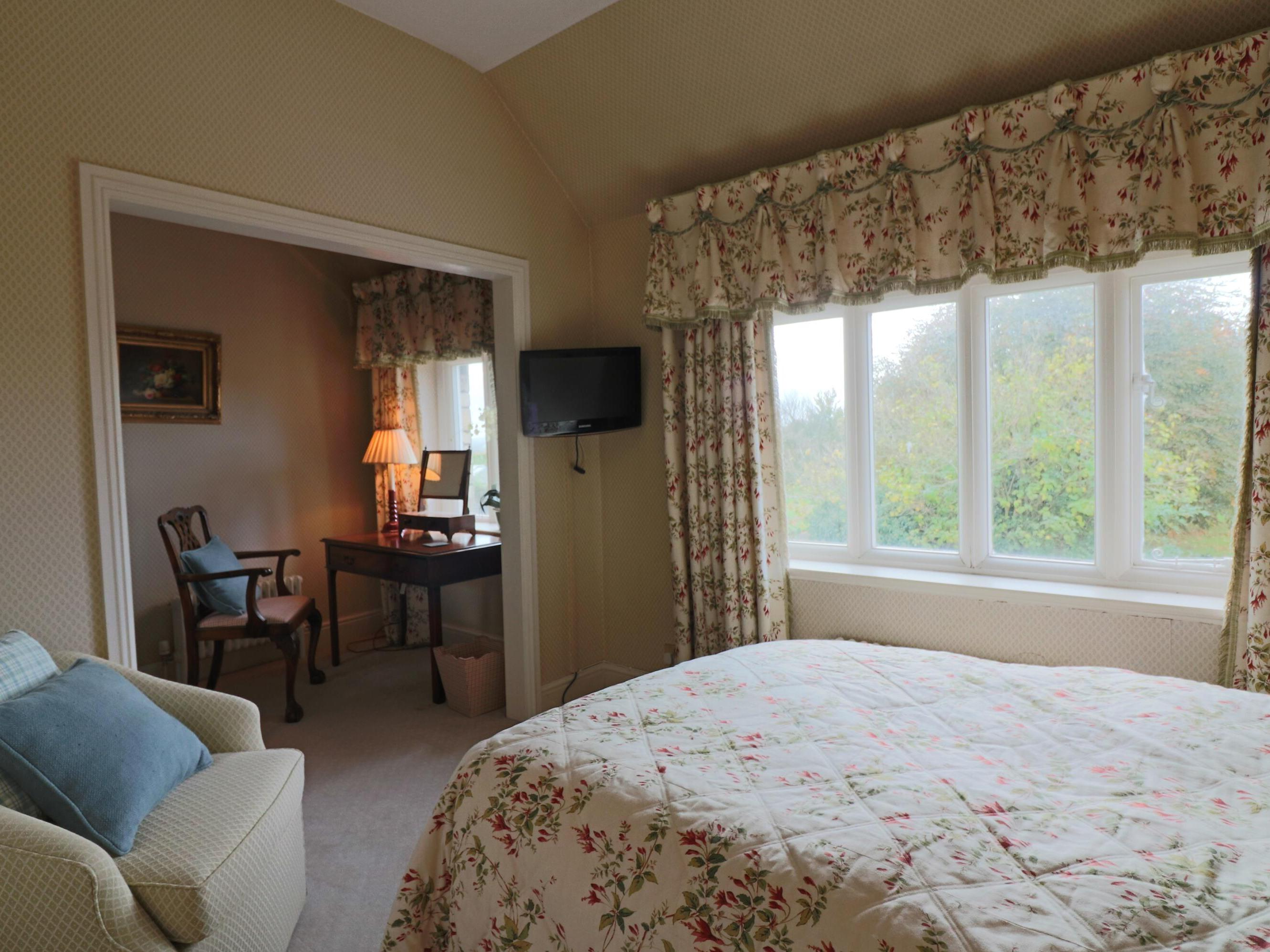 Double room-Executive-Ensuite-Garden View-Room 1