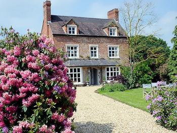 Brompton Farmhouse -