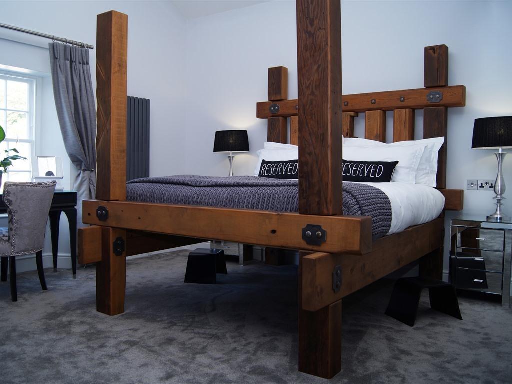 Suite-Superior-Ensuite with Shower-Garden View-Top Floor Suite - Base Rate