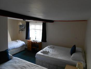 Family room-Ensuite-Large Sleeps 4 -Room Only