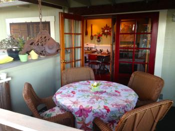 Hilo Bay Hale B&B Outdoor Dining