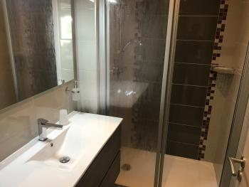 Salle d'eau Chambre Confort