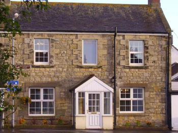 Megstone House - Megstone House