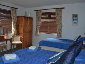 Family-Ensuite-Sleeps 3