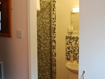 Shower for single en-suite room