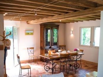 Une salle à manger - Gîte - Domaine le Clos du Phare